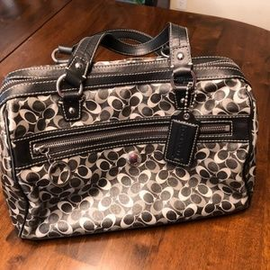 Coach patterned tan and brown official bag